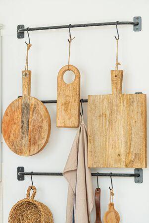Photo pour wooden board on the hooks - image libre de droit