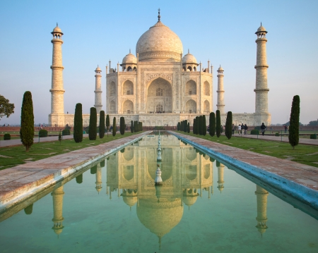Calm Morning At Taj Mahal Wallpaper Mural