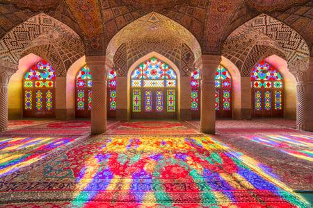 Photo pour Nasir Al-Mulk Mosque in Shiraz, Iran, also known as Pink Mosque - image libre de droit