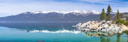 Foto de Lake Tahoe panorama - Imagen libre de derechos