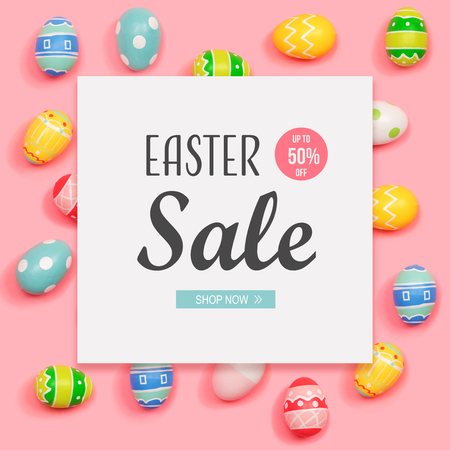 Foto de Easter sale message with Easter eggs on a pink background - Imagen libre de derechos