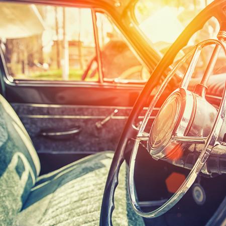 Foto de Interior of a classic vintage car - Imagen libre de derechos