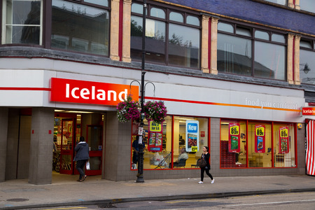 LONDON - SEPTEMBER 5TH: The exterior of an Iceland supermarket on September the 5th, 2014, in London, England, UK. Iceland is one of the UK's leading  supermarkets.