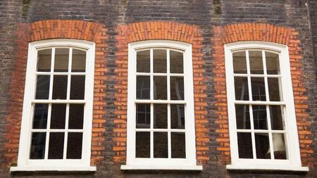traditional english sliding sash windows