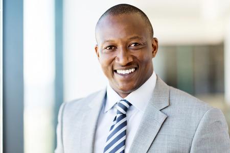 Photo pour handsome male african american corporate worker - image libre de droit