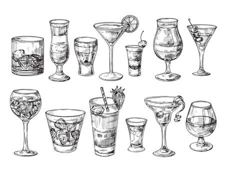 Illustration pour Hand drawn cocktail. Alcoholic drinks in glasses. Sketch juice, margarita martini. Cocktail with rum, gin whiskey vector set. Illustration of alcohol sketch, juice and drink cocktail - image libre de droit