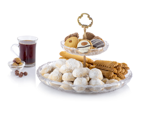 Photo pour Eid ElFitr Sweet Cookies with Sugar and Tea Isolated - image libre de droit