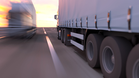 Photo pour truck on a road - image libre de droit
