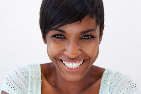 Close up portrait of an attractive african american woman smilingの写真素材