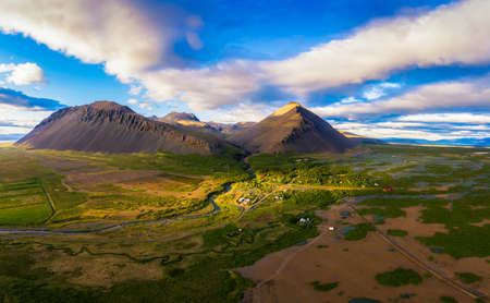 Photo pour Aerial view of mountains above the village of Akranes in western Iceland - image libre de droit