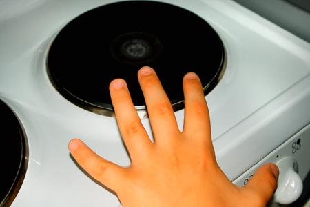 Danger of burn on small kid hand.