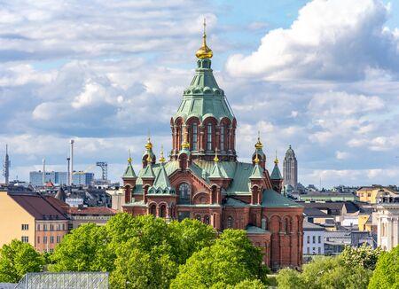 Photo pour Uspenski Cathedral (Uspenskin katedraali), Helsinki, Finland - image libre de droit