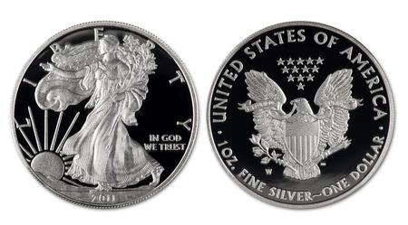 Photo pour 2011 silver eagle dollar proof coin showing both sides. - image libre de droit