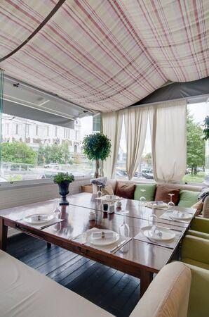 Photo pour Restaurant interior shot - image libre de droit