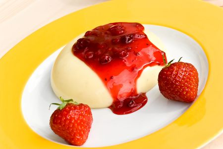 pudding with topping of currant