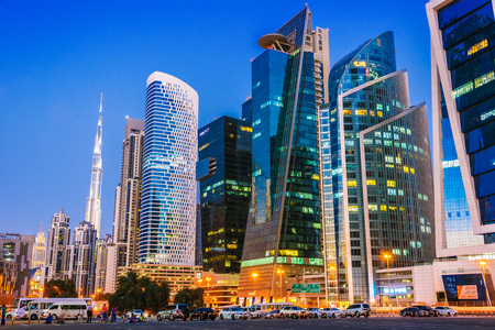 Foto für DUBAI, UNITED ARAB EMIRATES - FEB 9, 2019: Architecture od Business Bay located in the western Dubai, along Sheikh Zayed Road in United Arab Emirates. - Lizenzfreies Bild