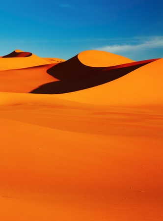 Sand dune in Sahara Desert at sunset, Tadrart, Algeria