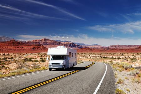 Photo pour Traveling by motorhome, American Southwest, Utah - image libre de droit