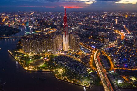 Photo pour Aerial cityscape view of Ho Chi Minh city at dusk - image libre de droit