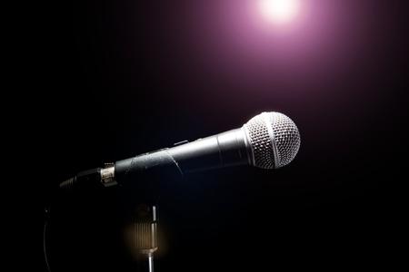Photo pour Microphone in a Black background. Music and concert concept. - image libre de droit