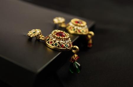 Pairs of earrings