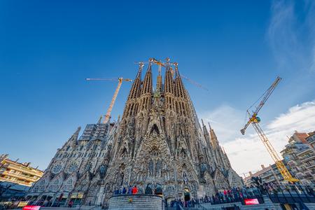 Foto de BARCELONA, SPAIN - NOVEMBER  03, 2018:  The Sagrada Familia  the cathedral designed by Gaudi, Barcelona, Spain - Imagen libre de derechos