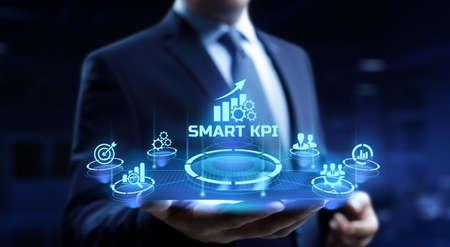 Photo pour Smart KPI Key performance indicator business technology concept. - image libre de droit