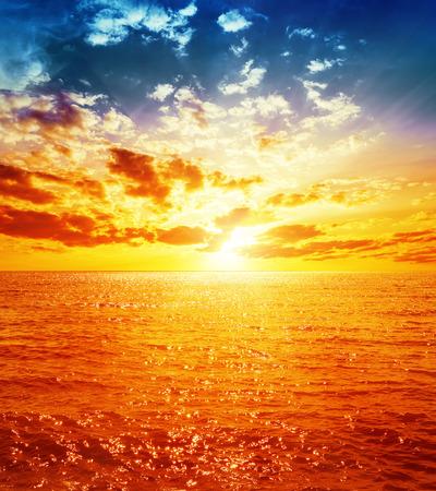Photo pour good orange sunset over sea - image libre de droit