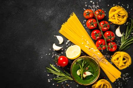 Photo pour Food cooking background at black table top view. - image libre de droit
