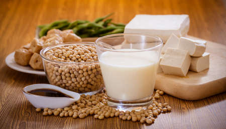 Photo pour Soy bean, tofu and other soy products - image libre de droit