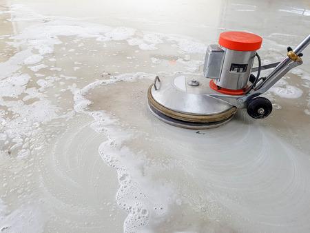 Foto de scrubber machine for cleaning and polishing floor - Imagen libre de derechos
