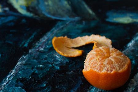 Mandarin orange in the picture. canvas razrisovon blue red