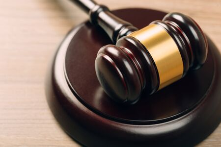 Photo pour Judge Gavel on a wooden table. The concept of law. sentence, justice - image libre de droit