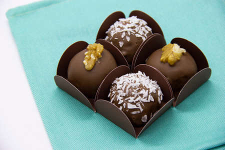 Photo pour Variety of bonbons, chocolate and coconut and chocolate with chestnut. - image libre de droit