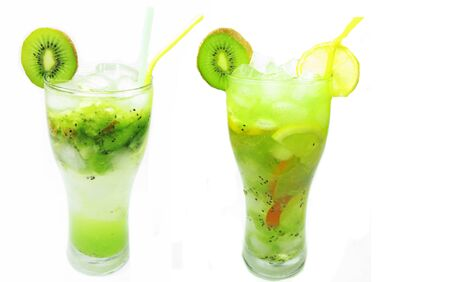 green kiwi fruit juice drink with ice and mint