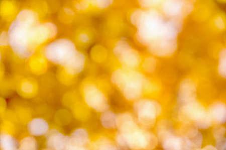 Photo pour autumn background with sunny rays - image libre de droit