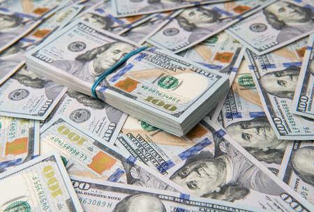 Photo pour Stack of one hundred dollar bills close-up. - image libre de droit