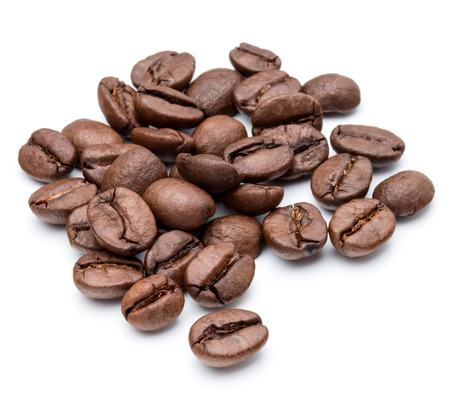 Photo pour roasted coffee beans isolated in white background cutout - image libre de droit