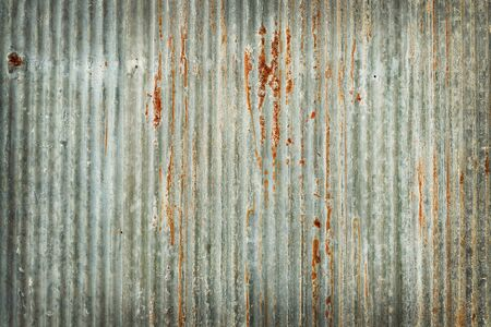 Photo pour Old zinc wall texture background, rusty on galvanized metal panel sheeting. - image libre de droit