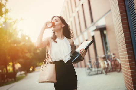 Foto per Businesswoman in a rush to work - Immagine Royalty Free