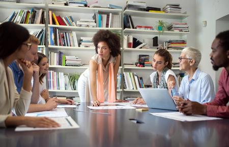 Foto de Entrepreneurs and business people conference in meeting room - Imagen libre de derechos