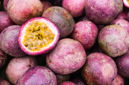 Photo pour Passion Fruit - image libre de droit