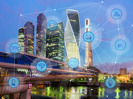 Photo pour night city and wireless communication network, IoT Internet of Things and ICT Information Communication Technology concept - image libre de droit