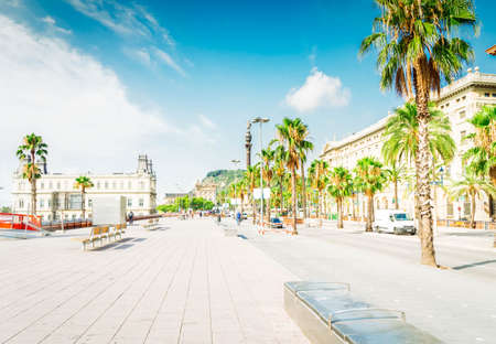 Photo pour View of embankment of Barcelona at summer day, Barcelona, Catalonia Spain, toned - image libre de droit