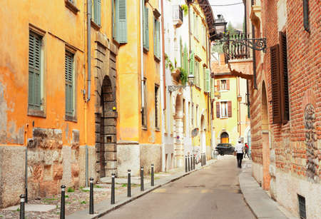 Photo pour ancient romantic street in old town of Verona, Italy - image libre de droit