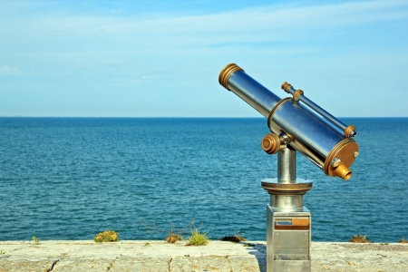 Telescope pointed at the ocean, what perspective of future