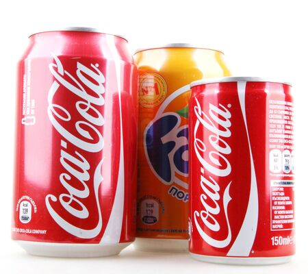 Foto de AYTOS, BULGARIA - JANUARY 25, 2014: Global brand of fruit-flavored carbonated soft drinks created by The Coca-Cola Company. - Imagen libre de derechos