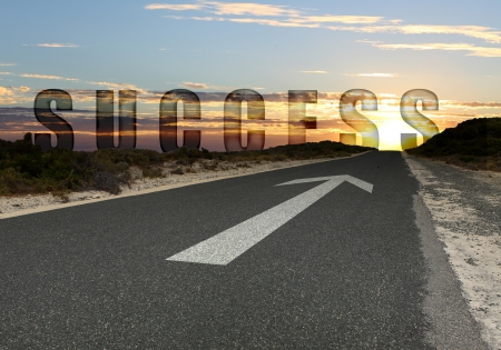 Photo pour Image of road with white arrow directing forward - image libre de droit