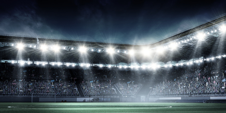 Photo pour Full night football arena in lights - image libre de droit