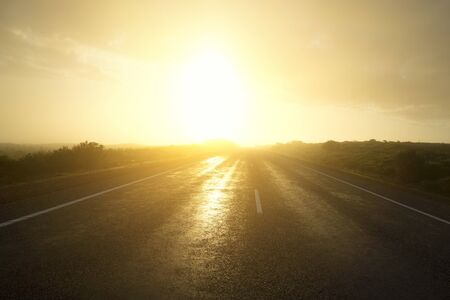 Photo pour Empty road, sunset sky background - image libre de droit